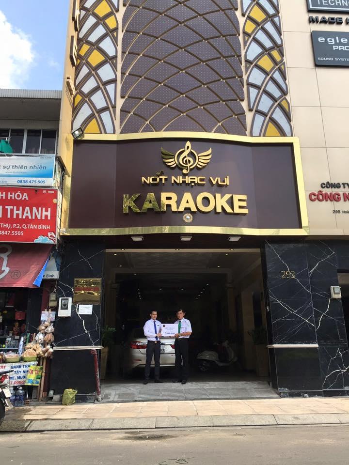 karaoke not nhac vui-hoang van thu